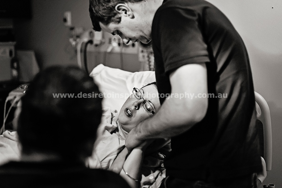 Brisbane_award_winning_birth_photographer035