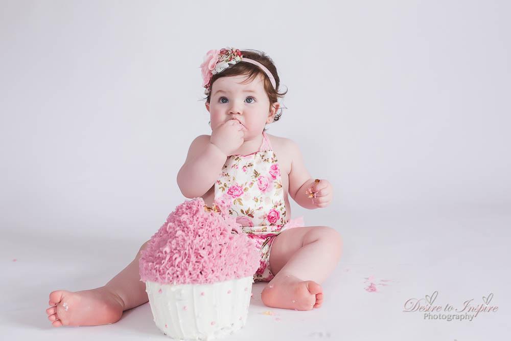 Brisbane Cake Smash Photography (24 of 39)