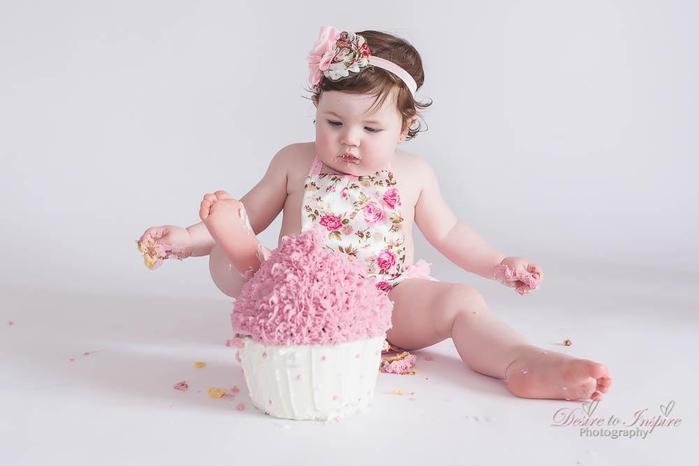 Brisbane Cake Smash Photography (25 of 39)