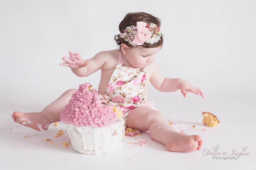 Brisbane Cake Smash Photography (26 of 39)