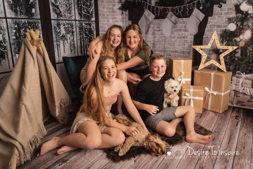 XMAS MINI'S AND SANTA SESSIONS OUT NOW!, Brisbane Birth Photography