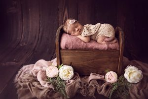, Do you want a FREE Maternity session? Brisbane maternity Photographer, Brisbane Birth Photography