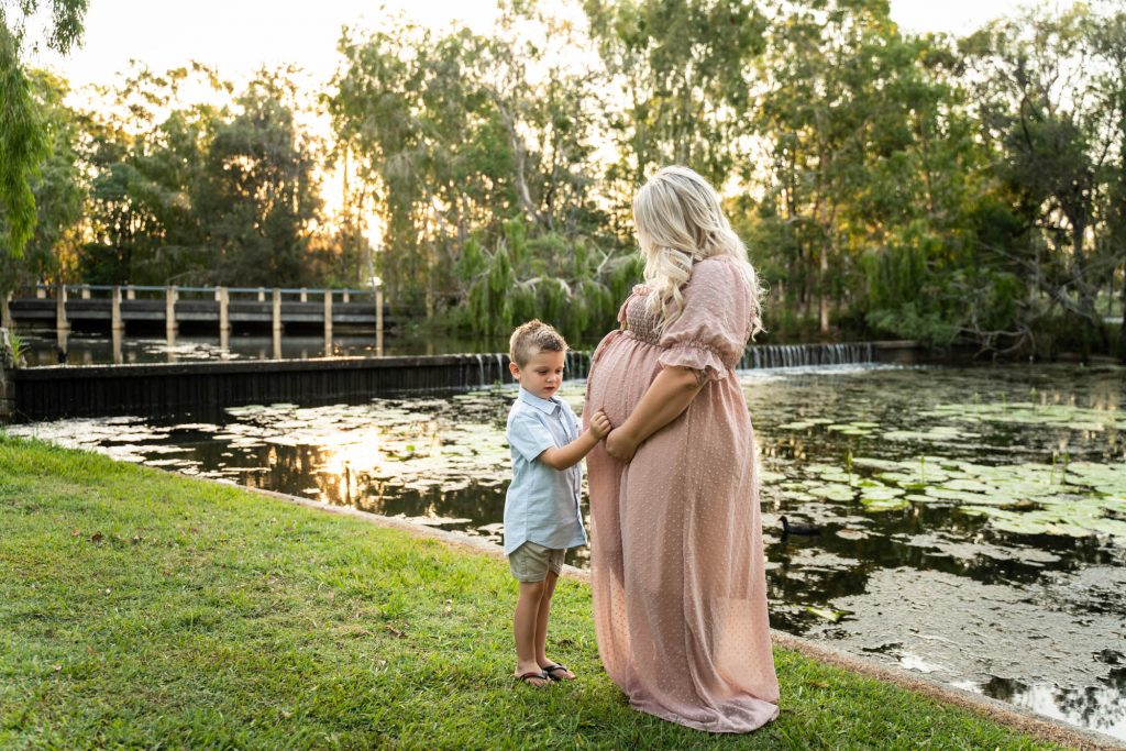 , Ways to include your partner or family in a maternity session. Brisbane Maternity Photographer, Brisbane Birth Photography