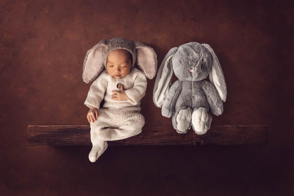 , Jay in Studio Newborn Session. Brisbane Newborn Photographer, Brisbane Birth Photography