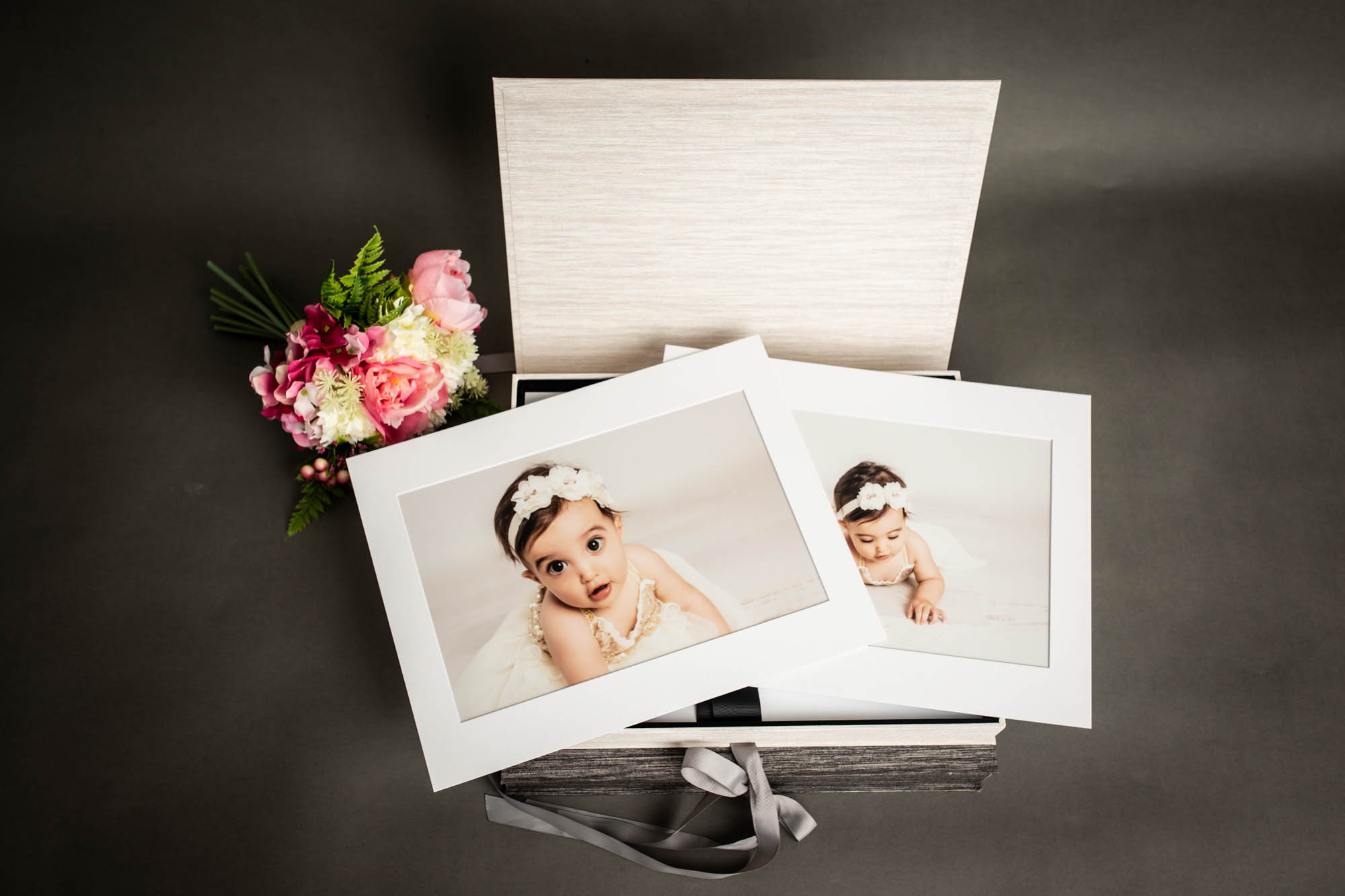 Portfolio Box white