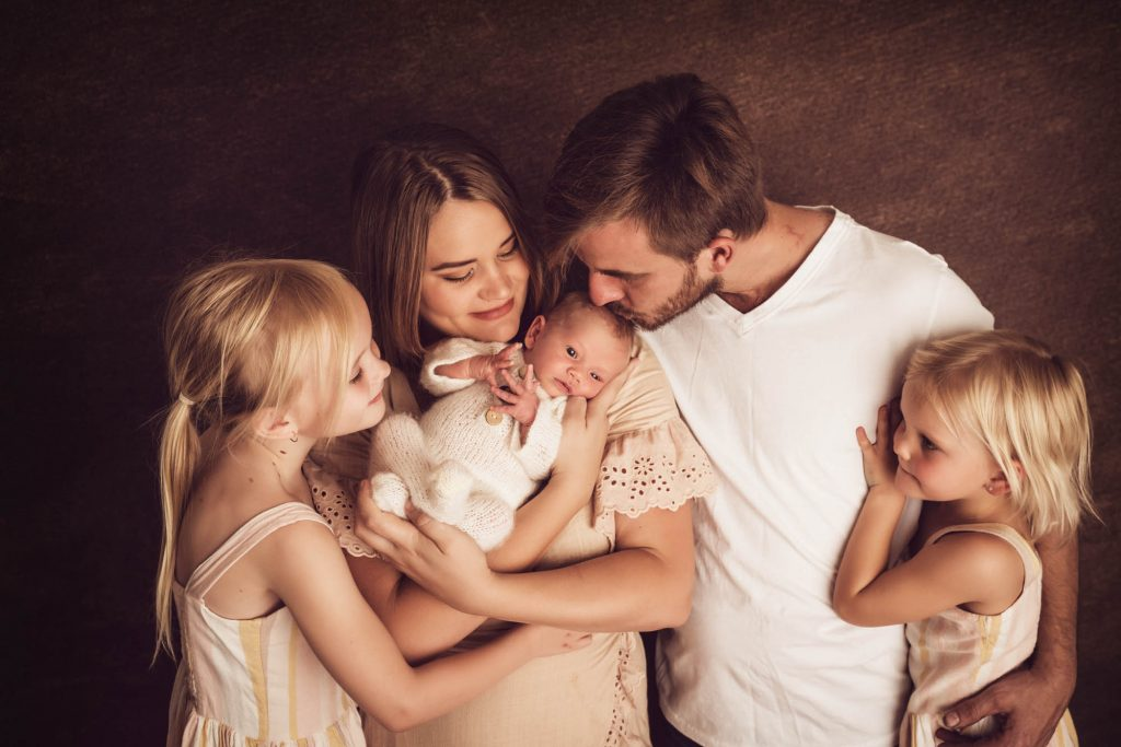 , What to wear to your session – Brisbane Family Photographer, Brisbane Birth Photography