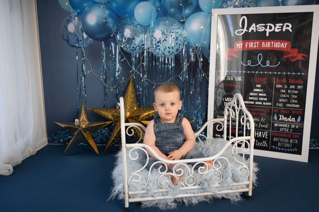 , Jasper Cake Smash. Brisbane Cakesmash Photographer, Brisbane Birth Photography
