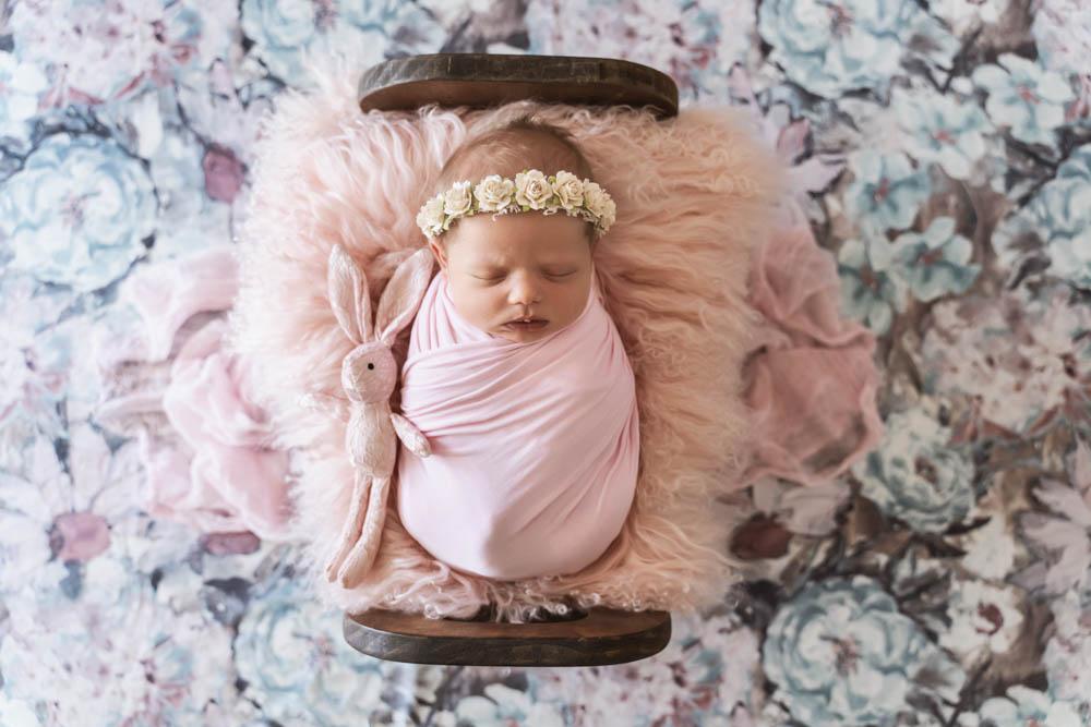 , Tanya Gallagher Newborn session – Mt Isa, Brisbane Birth Photography