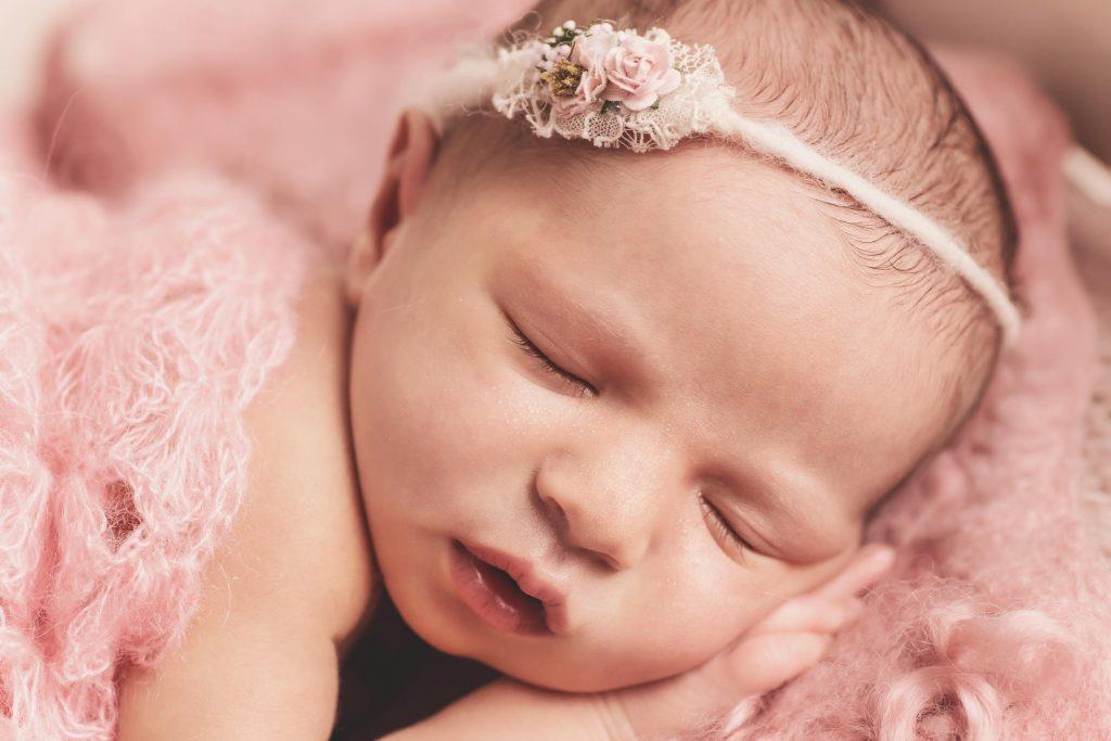 , Isabella – In studio Newborn, Brisbane Birth Photography