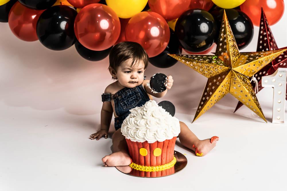 , Elijah's in studio Cake Smash, Brisbane Birth Photography